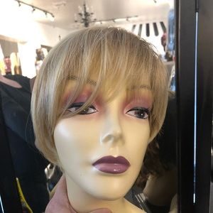 Blonde ombré short pixie hairuwear blonde bob wig